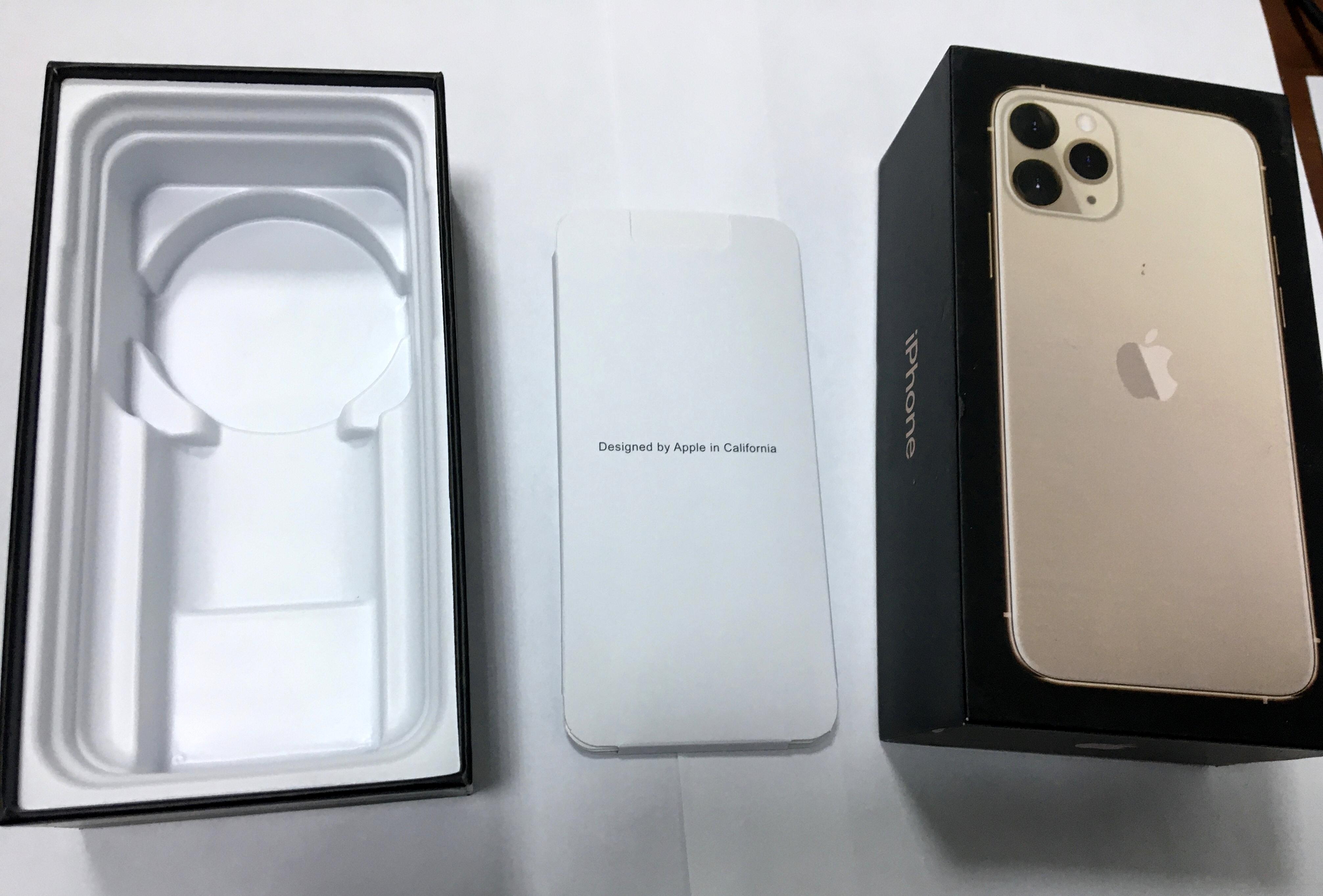 коробка iphone 11 pro изнутри