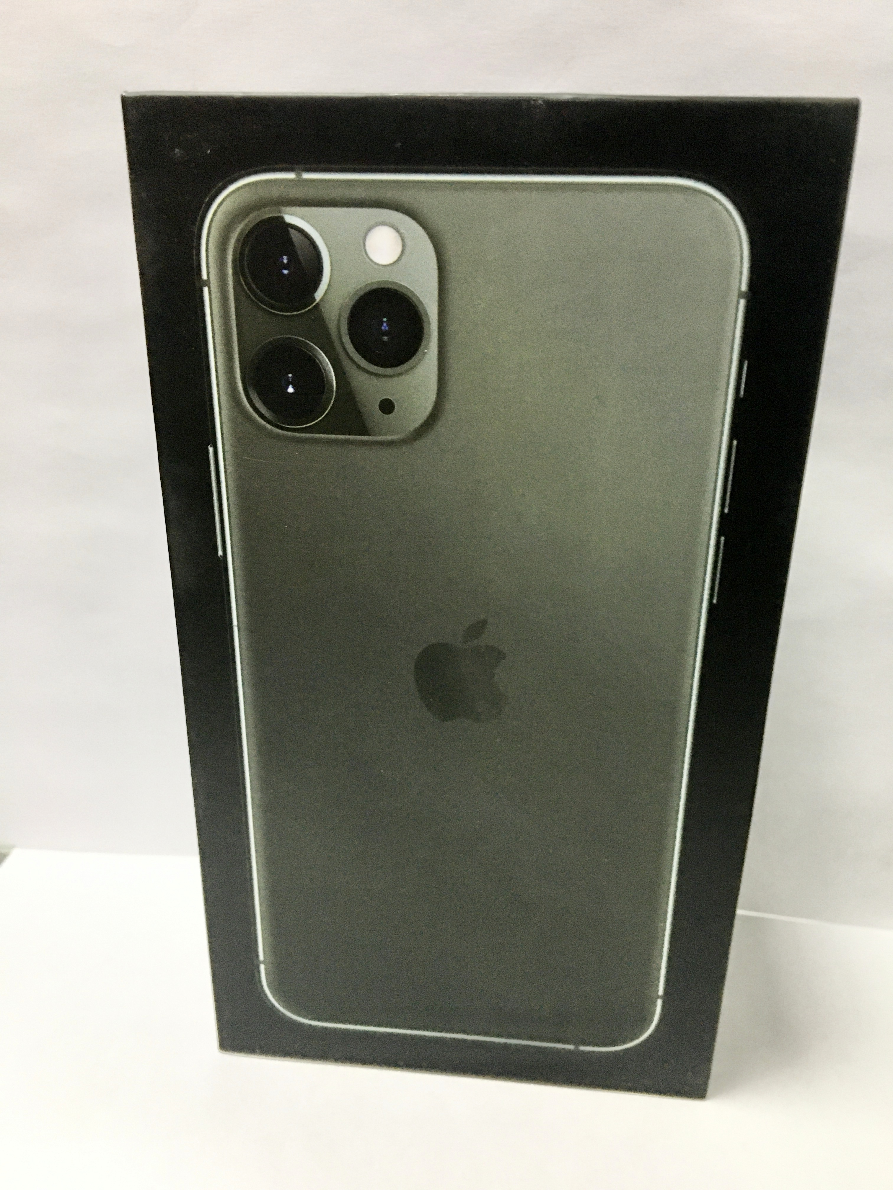коробка iphone 11 pro Green