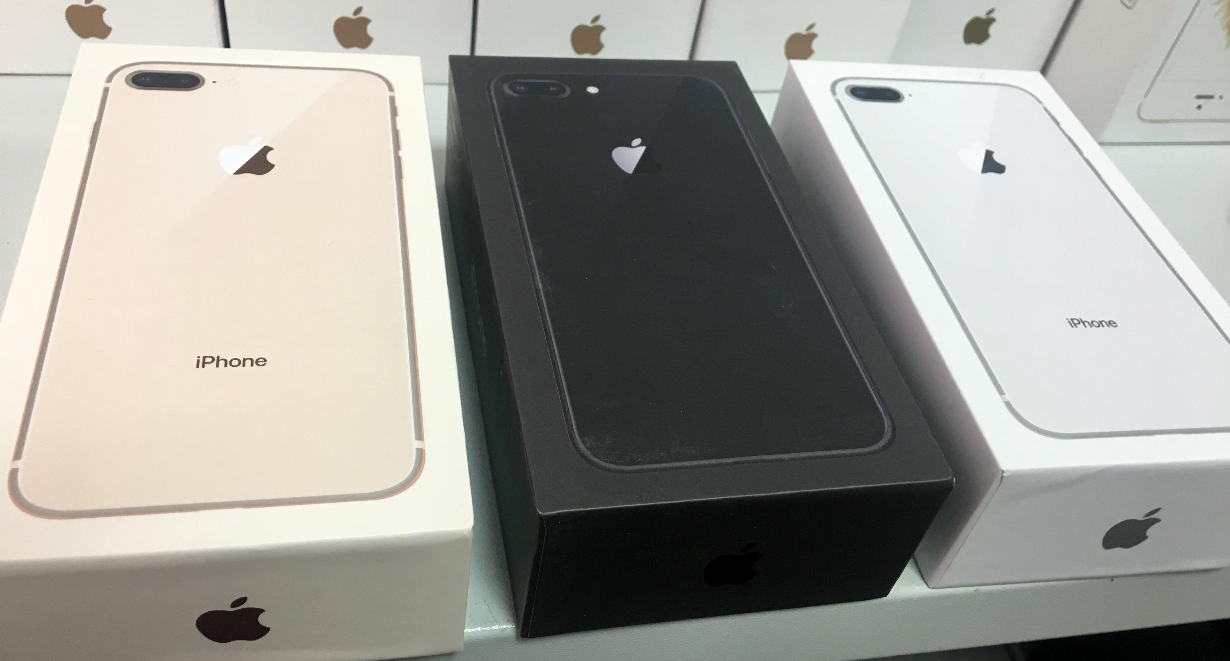 коробка на iPhone 8 Plus