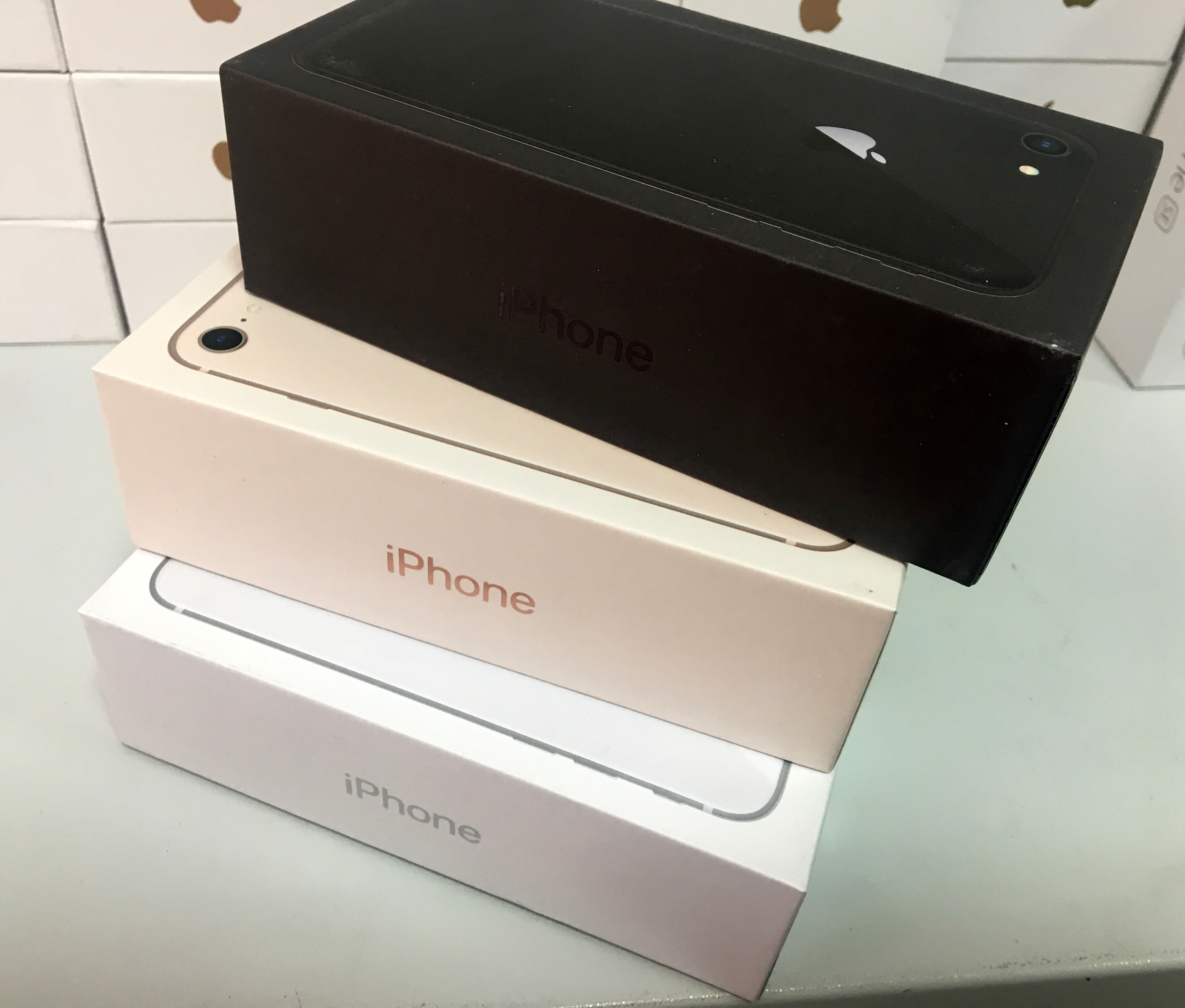 коробка на айфон 8