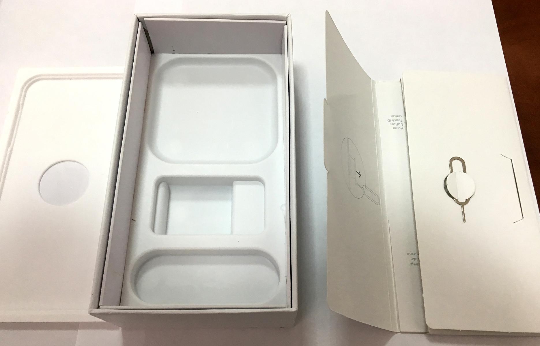 коробка на айфон SE внутри